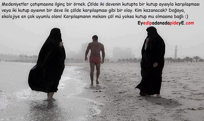 Plajda iki çarşaflı kadın ve mayolu adam